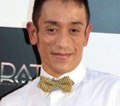 クリス松村が古市氏の不適切動画に関する発言を批判→今後この寿司屋には行かない。